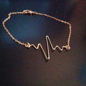 Jewelry - Minimalist Heartbeat Bracelet